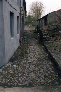 Cobble lane at the back of Main Street (2000)